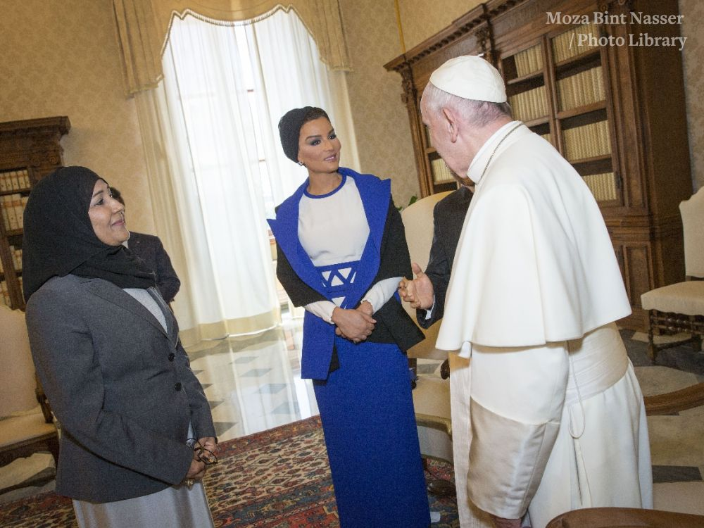 HH Sheikha Moza Bint Nasser Meets with Pope Francis