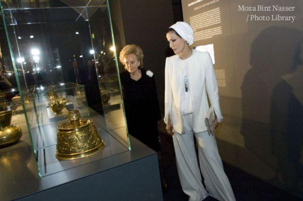 صاحبا السمو في متحف اللوفر