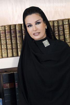 الصورة الرسمية لصاحبة السمو الشيخة موزة