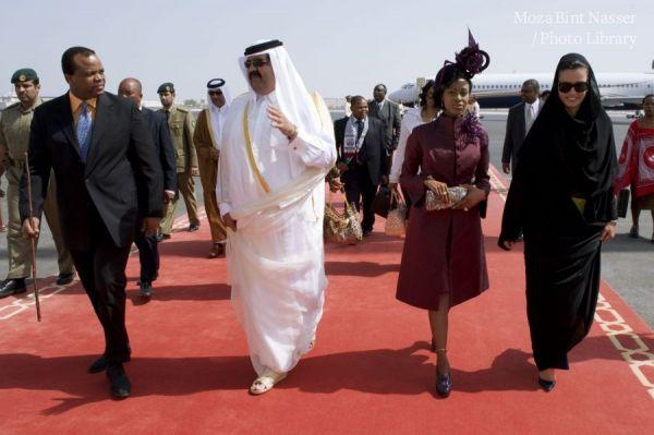 وصول الملك مسواتي الثالث ، ملك سوازيلاند الى الدوحة