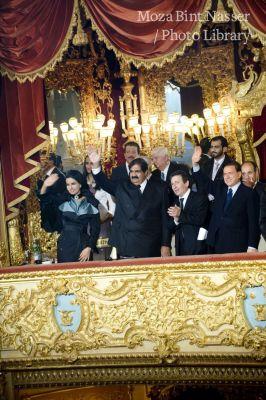 أصحاب السمو خلال حضورهم مراسم حفل افتتاح الغاز الطبيعي المسال الأدرياتيكي