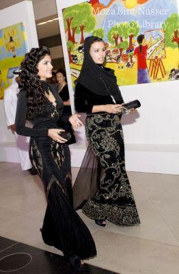 أصحاب السمو خلال حضورهم حفل العشاء الثالث روتا في متحف الفن الإسلامي