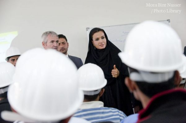 HH Sheikha Moza Visits YLDF and Sana'a Community College