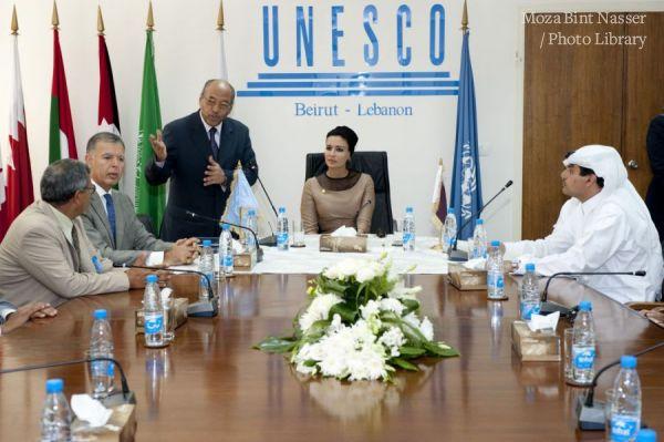 HH Sheikha Moza Meets UNESCO Official in Beirut