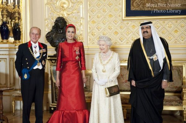 HH the Emir and HH Sheikha Moza Attend State Dinner Banquet at Windsor Palace