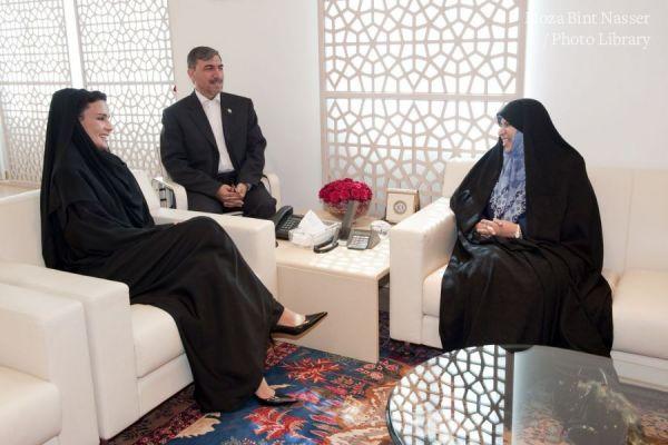 صاحبة السمو الشيخة موزا تستقبل وزيرة الصحة والعلاج والتعليم الطبي في ايران