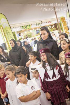 صاحبة السمو الشيخة موزا تزور فعاليات درب الساعي