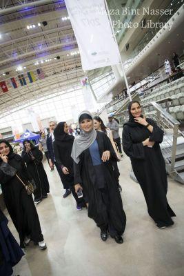 صاحبة السمو الشيخة موزا تشارك في فعاليات اليوم الرياضي للدولة في مؤسسة قطر