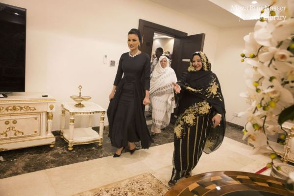HH Sheikha Moza meets with President of Sudan