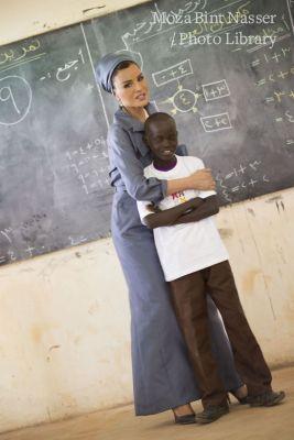 صاحبة السمو الشيخة موزا تزور مركز التعليم البديل في الخرطوم