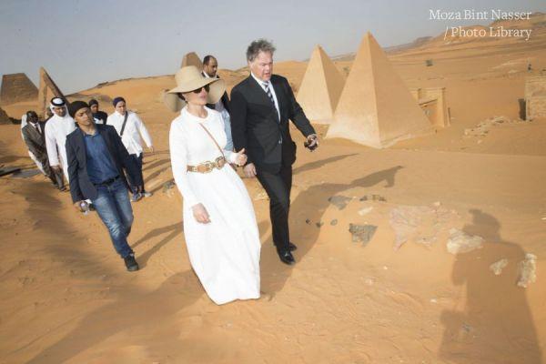 HH Sheikha Moza Visit Sudanese Pyramids