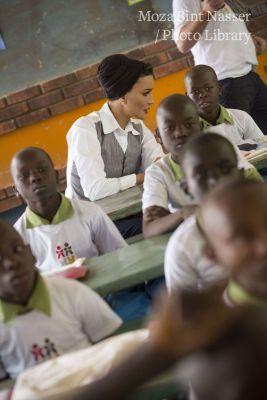 صاحبة السمو تزور مركز التعليم البديل في الأبيض