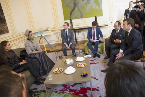 HH Sheikha Moza meets with President of France and Wife at Elysee Palace