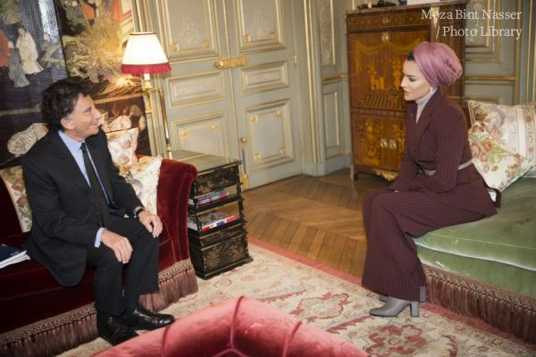 HH Sheikha Moza meets with President of the Arab World Institute