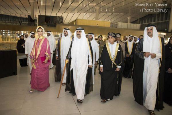 أصحاب السمو يفتتحون مكتبة قطر الوطنية