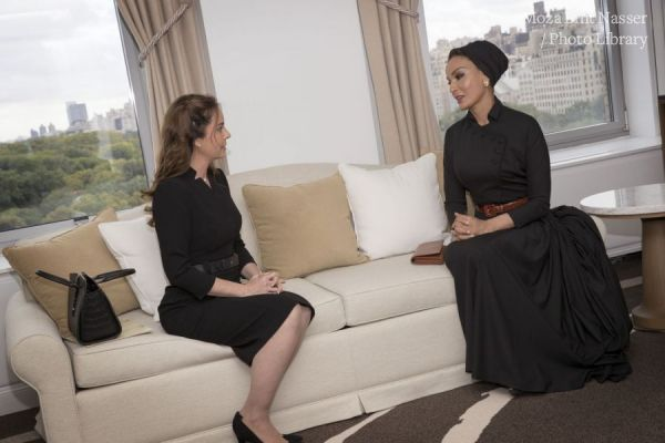 HH Sheikha Moza meets with First Lady of Paraguay