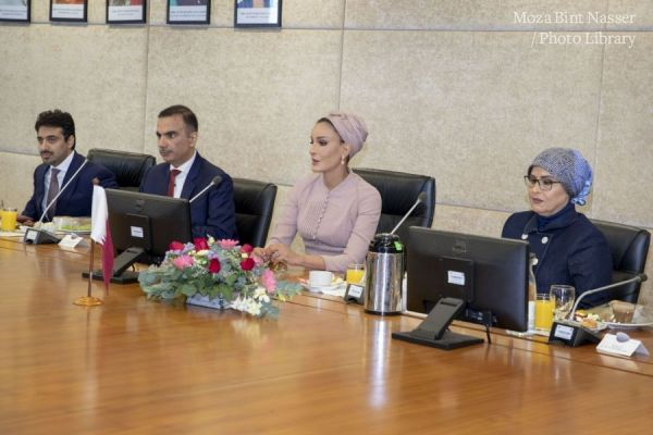 HH Sheikha Moza meets with Deputy Prime Minister of Malaysia
