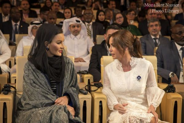 HH Sheikha Moza participates in EAA session at WISE 2019