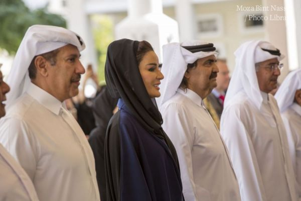صاحبا السمو في حفل الإفتتاح الرسمي لمدرسة طارق بن زياد