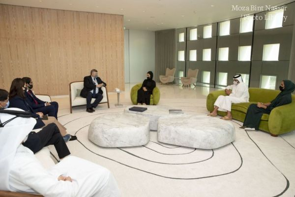 HH Sheikha Moza meets with Evaluation Committee of the Olympic Council of Asia
